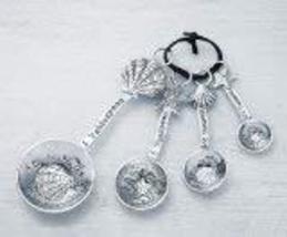 Ganz 4-Piece Measuring Spoons Set, Clam Shell/Starfish - $17.77