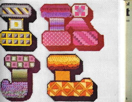 Carolyn ambuter s complete book of needlepoint 5 thumb200