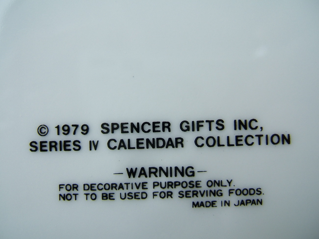 America The Beautiful 1979 Spencer Gifts Calendar Plate Gold Trim Series IV