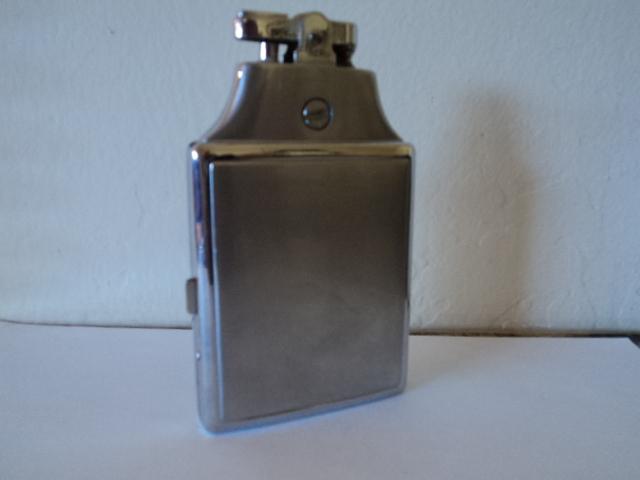 Vintage Ronson Cigarette Lighter and Case Holder Silver Metal