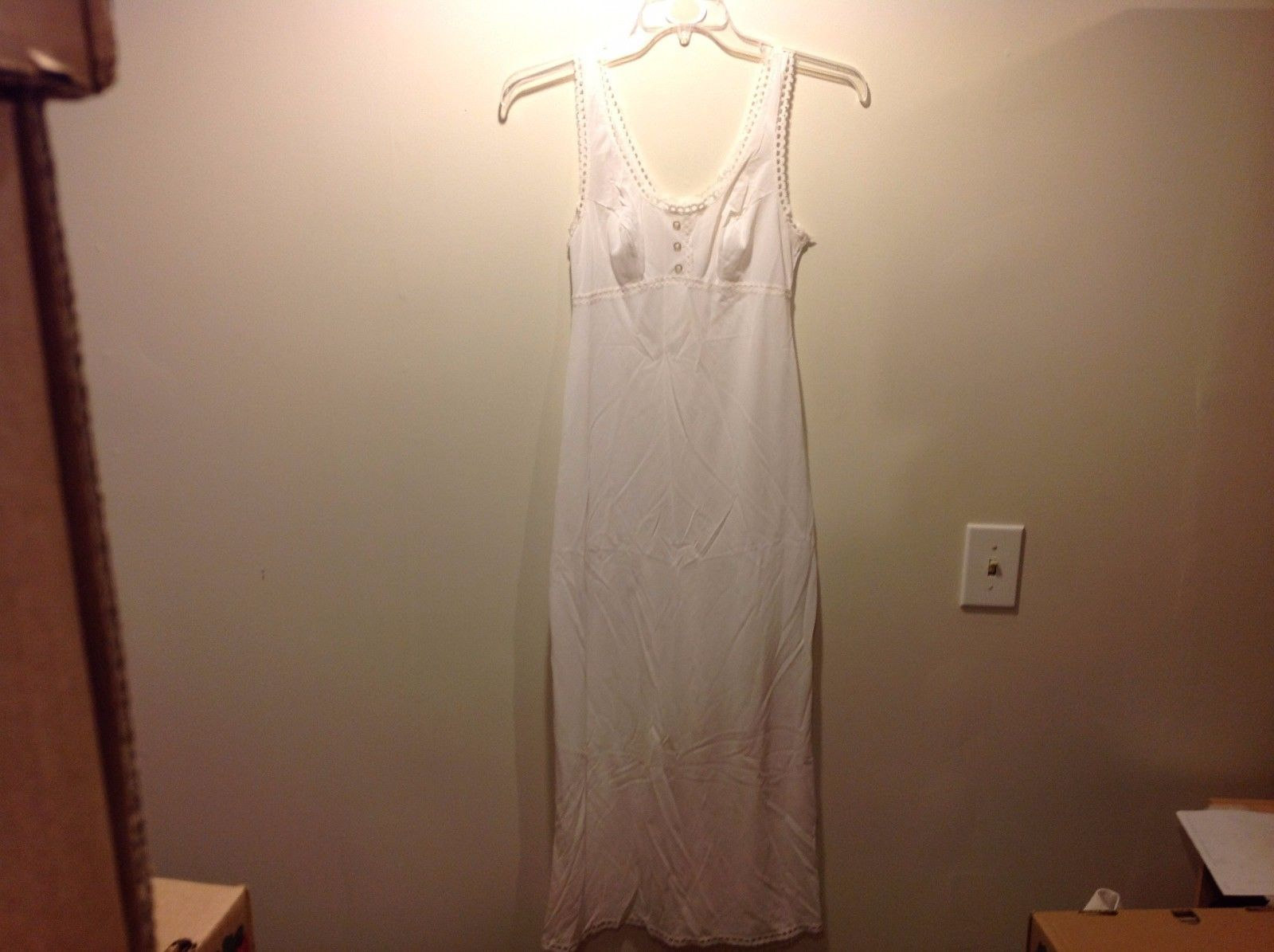 Formfit Rogers White Semi Sheer Sleeveless Nightgown w Lace Fringe Sz 10-12