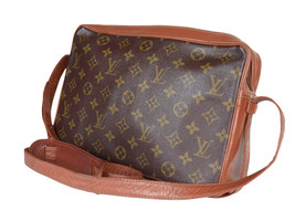 Auth LOUIS VUITTON Sac Bandouliere Monogram Canvas Cross-Body Shoulder Bag - $279.00