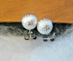 Vintage Sparkly Silver-tone Ball Stud Earrings - $9.74