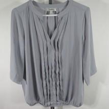Dressbarn Medium M Blouse Shirt Top Tunic Light Gray V Neck D24 - $10.02