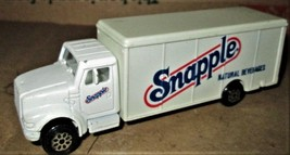 Road Champs - Snapple Truck 1999 - $7.95