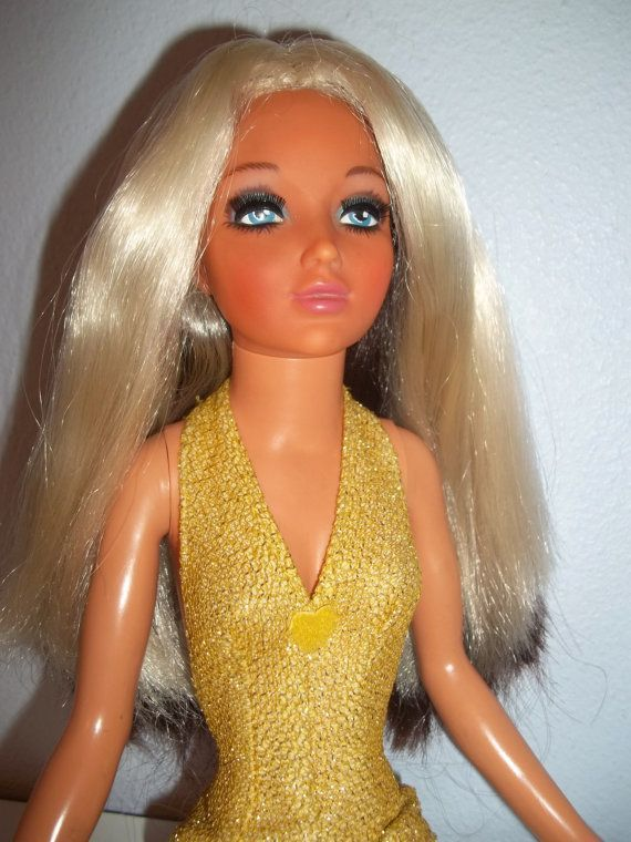 Primary image for Vintage Ideal Tiffany Taylor Doll 1974 Measures 19 inch Rare Gorgeous Doll