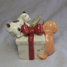 Avon 2006 Collectible Porcelain Gift Box Ornament Christmas Decoration Xmas image 3