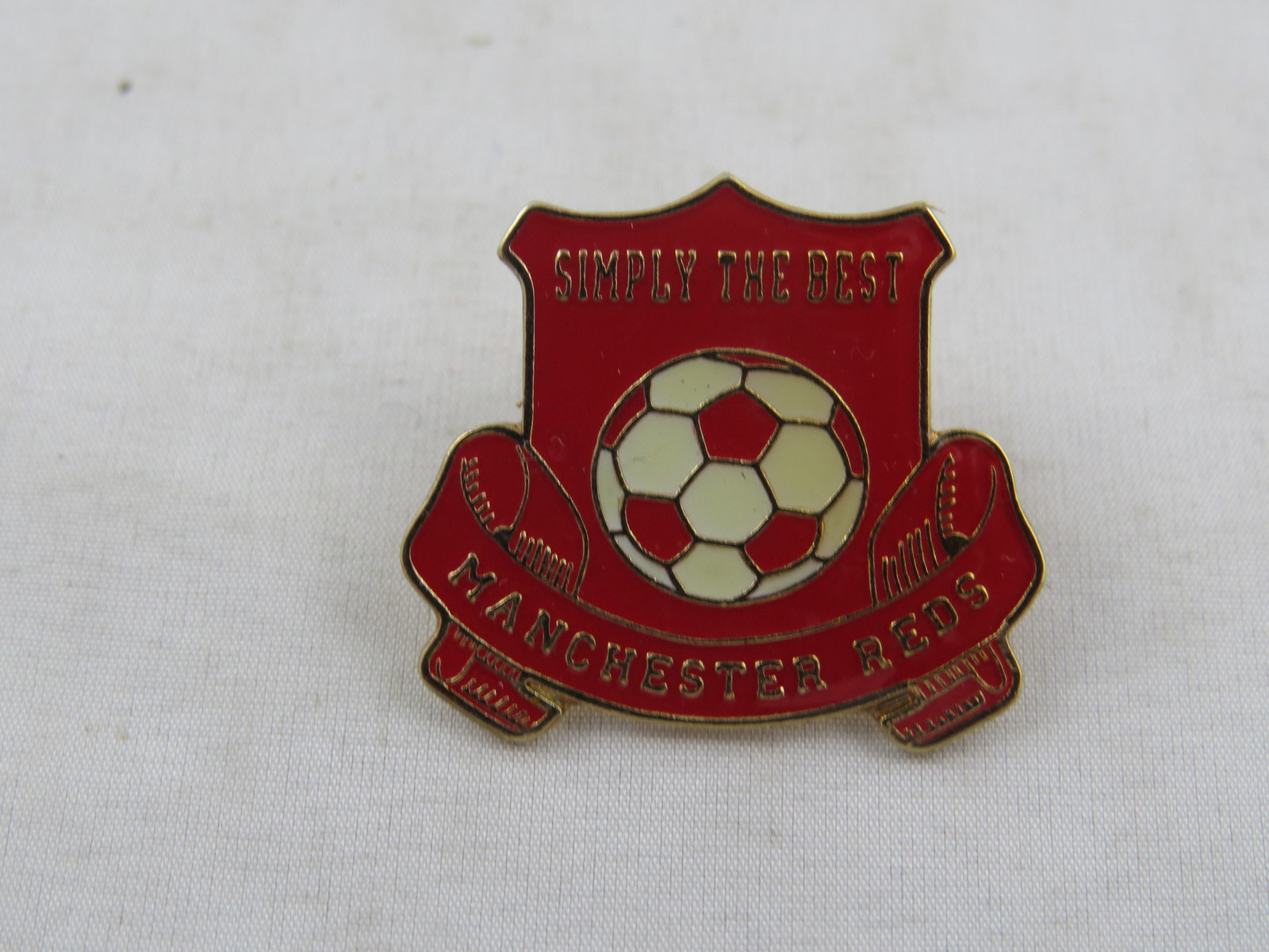 Primary image for Manchester United Pin - Machester Reds Simply the Best - Enamel Pin