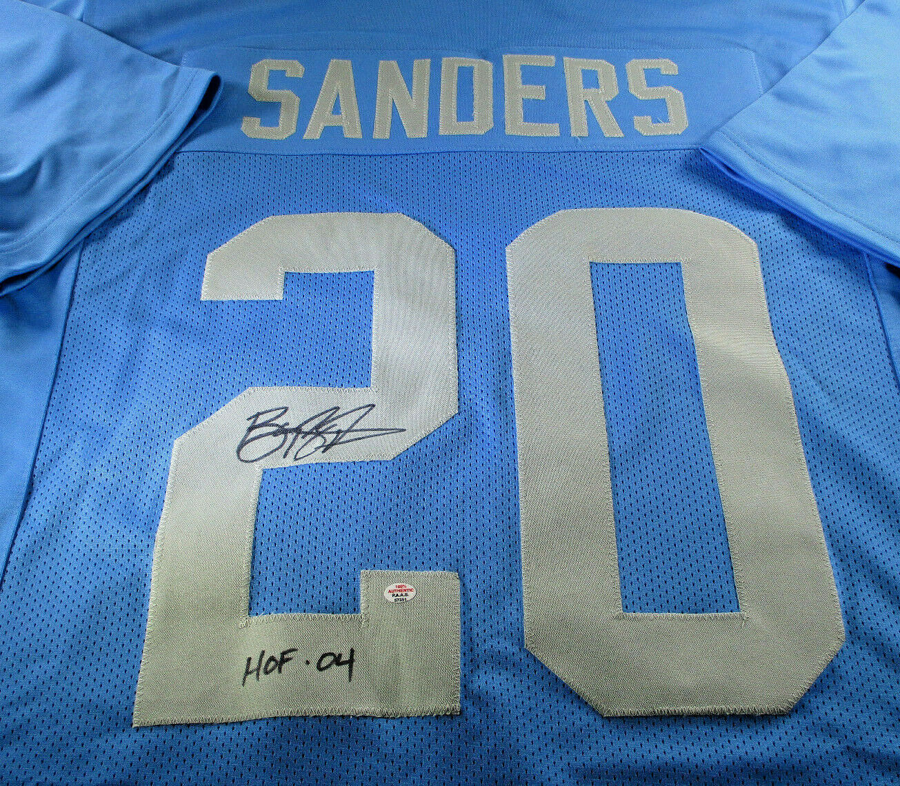 BARRY SANDERS / NFL HALL OF FAME / AUTOGRAPHED DETROIT LIONS CUSTOM JERSEY / COA