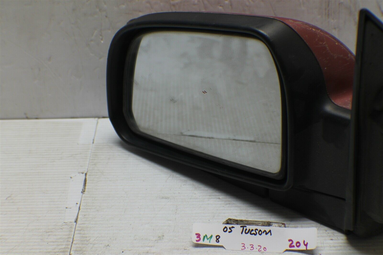 2005-2009 Hyundai Tucson Driver Side View Power Door Mirror OEM 204 3M8 - $17.81