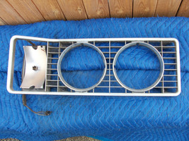 1973 MERCURY MONTEGO RIGHT HEADLIGHT TRIM GRILL OEM USED SOME PITNG ORIG... - $122.02