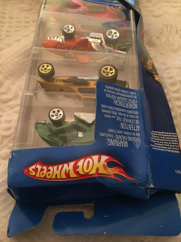Pack of 5 Street Beast Hot Wheels Shark Tank Dinosaur Die-Cast Mattel Track 2007