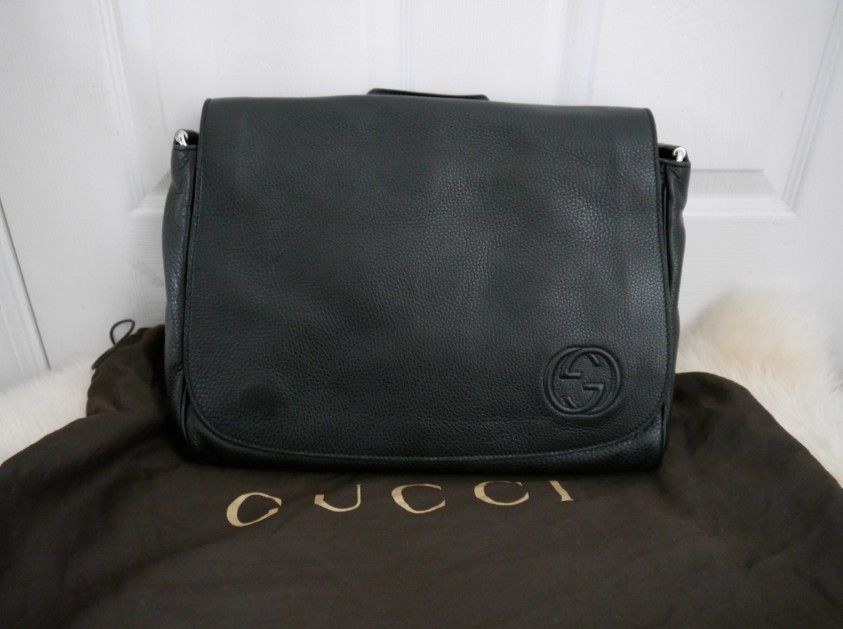 b41d850a6ff8 NWT 100% AUTH Gucci Soho Black Leather and 50 similar items