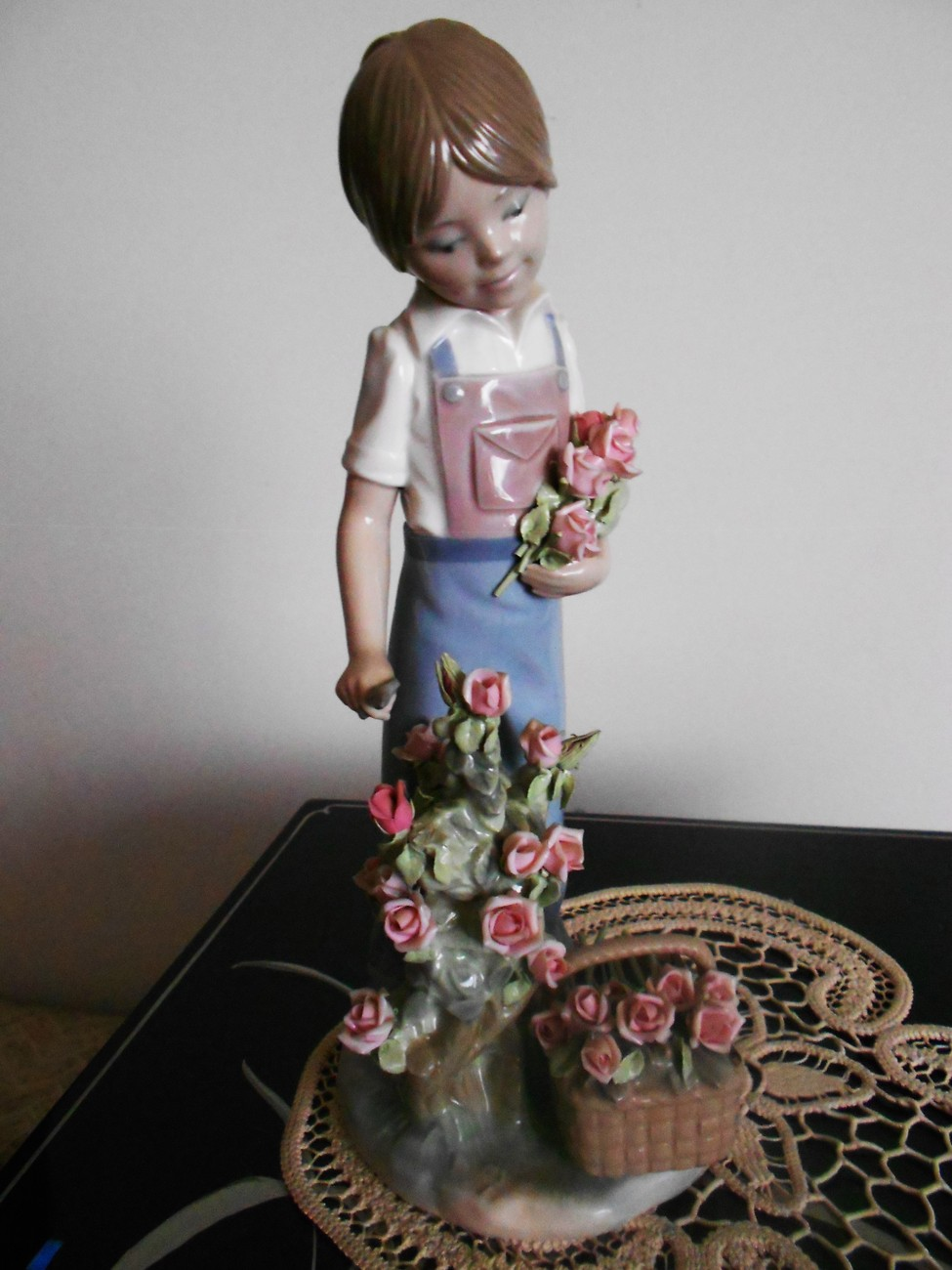 Primary image for Lladro ~ Roses For My Mom # 5088 ~ Mint condition.