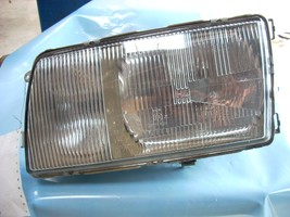 1985 MERCEDESBENZ 380 LEFT HEADLAMP ASSEMBLY image 1