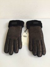 UGG WOMEN TURN CUFF GLOVE METALLIC BLACK SUEDE SHEARLING GLOVES sz M - NWT - $84.14