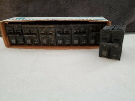 Lot Of 7 - Siemens 35A Circuit Breakers Q235 - New Old Stock - $28.71