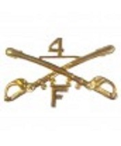 Army 4TH Cavalry F Troop Crossed Sabers Gold Pin - $18.04