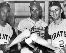 Dick Groat Tommy Davis & Clemente 8X10 Photo Dodgers Pirates Picture Baseball - $3.95