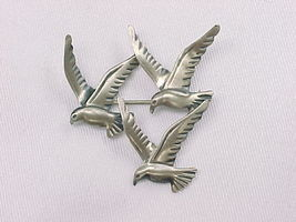 THREE BIRD Vintage BROOCH Pin - BEAU STERLING - £53.70 GBP