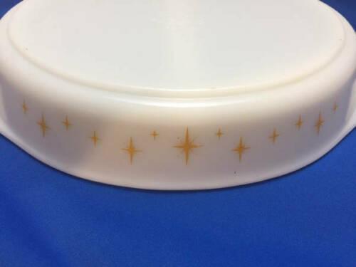 Vintage 1-1/2 Quart Pyrex Divided Casserole Dish Starburst Gold Atomic Star