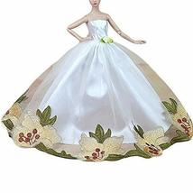 PANDA SUPERSTORE Flora Embroidery Doll Dress Doll Accessory White Wedding Dress