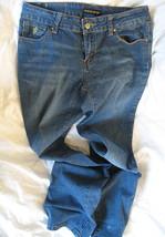 ROCA WEAR Jeans Size 7 Flare Leg Denim Authentic Low Rise 5-Pocket Authentic - $16.27