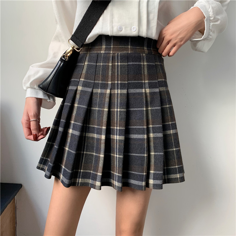 Women Navy Plaid Pleated Skirt Winter Wool Short Plaid Pleated Skirt Plus Size image 5