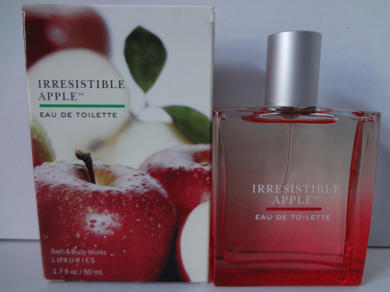 Bath & Body Works Luxuries Irresistible Apple Eau de Toilette 1.7 fl oz / 50 ml