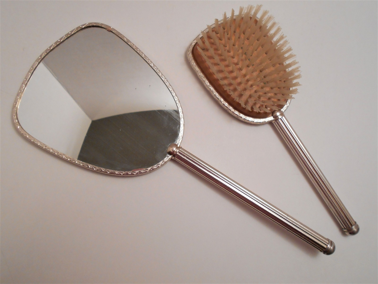 Vintage Bird Picture Hand Mirror & Brush Made in England image 3