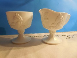 Indiana Colony Milk Glass Harvest (Grape & Vine) Footed Creamer & Open S... - $2.96