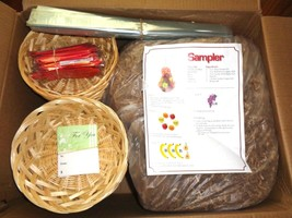 """New 24 Commercial 9"""" Weaved Gift -Holiday Baskets & 24 Bows,Bags,Straw &... - $34.64"""