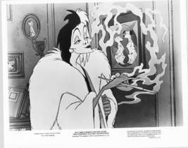 Disney 101 Dalmatians Cruella Di Vill  Original Press Photo - $18.29
