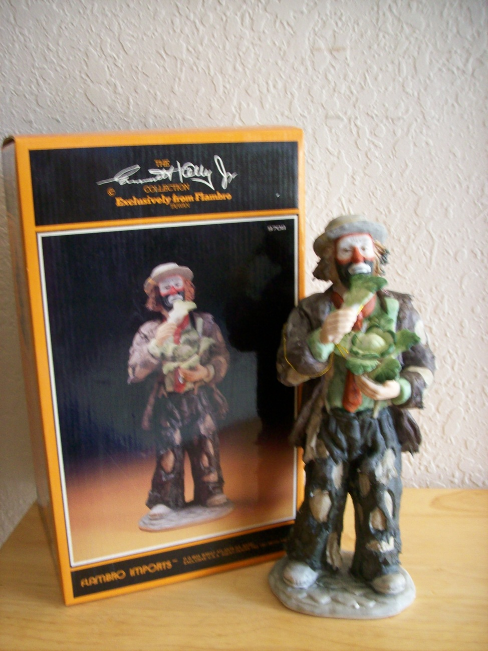 "Primary image for Emmett Kelly JR. ""Eating Cabbage"" Figurine"
