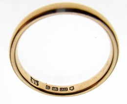 Vintage 40's 22 Carat Gold Wedding Ring 3 mm Width Band Court Shape 3.3 grams - $247.73