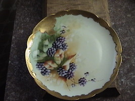 FRANCE LIMOGES PICKARD HANDPAINTED GOLD SCALLOPED EDGE PLATE  SIGNED   - $175.00
