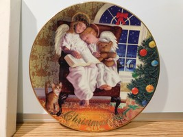 Two Christmas Eve Angels Avon Heavenly Dreams dish Plate 1997 - $3.47