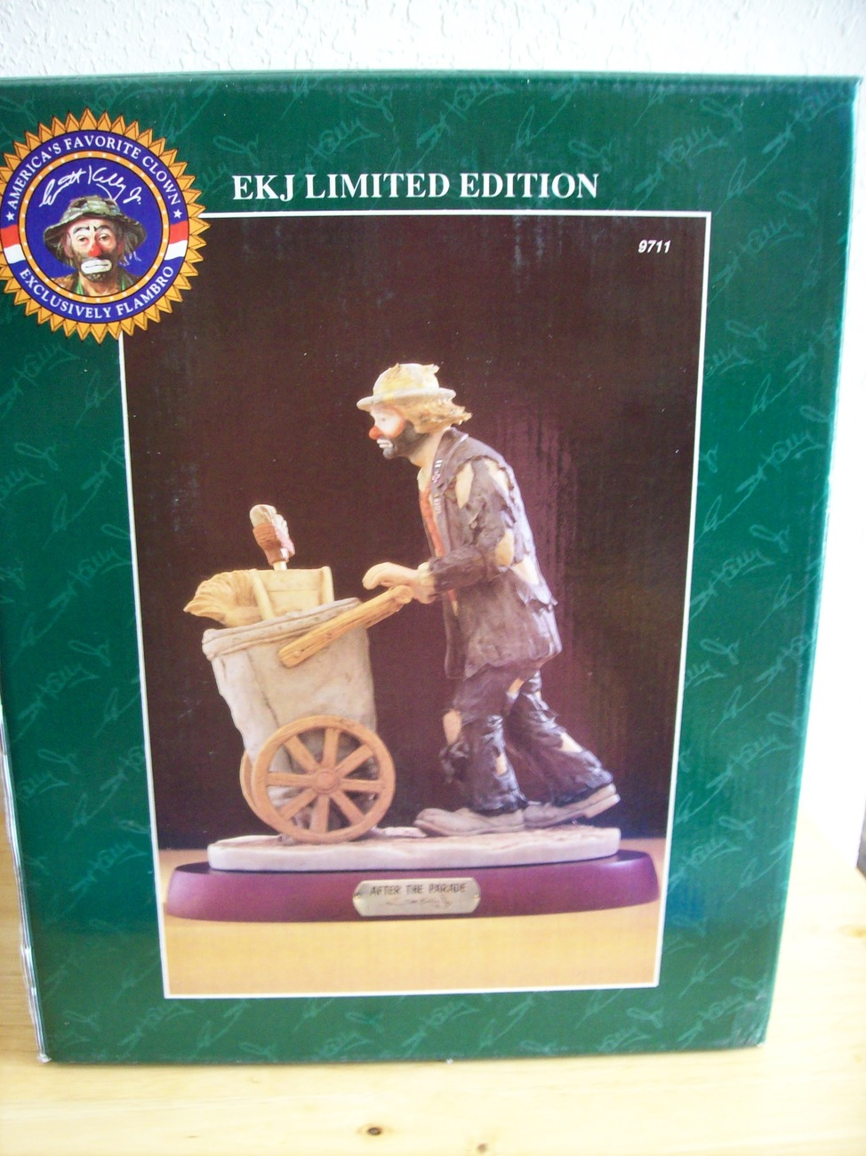 "Emmett Kelly JR. ""After the Parade"" Figurine"