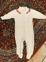BABY GAP 0 3 M CREAM CABLE KNIT SWEATER GIRL FLORAL EMBROIDER ROMPER LIN... - $22.50