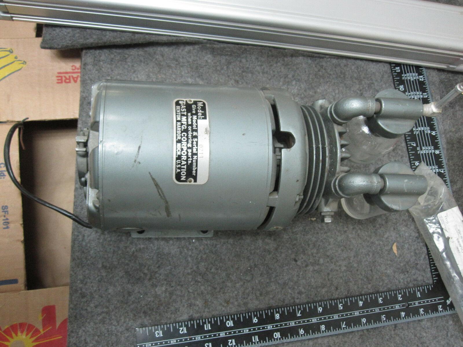 GAST 0211 Vane Vacuum Pump New