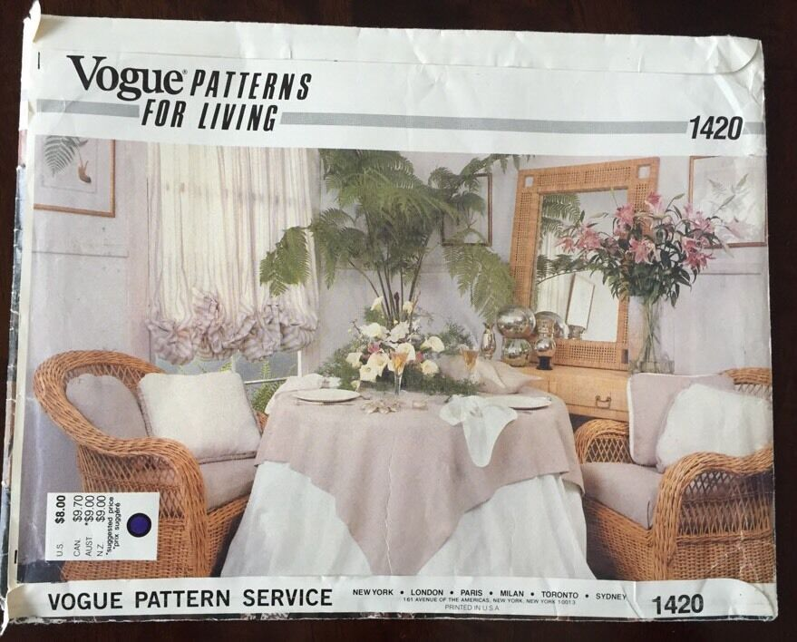 Primary image for Vogue 1420 Napkin Tablecloth Placemat Pillow Sewing Pattern Home Decor UNCUT VTG