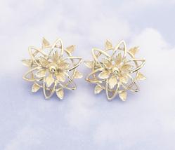 Vintage Minimalist Mandala Clip On Earrings By Sarah Coventry H1 - $22.99