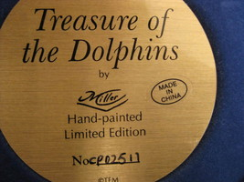 Figurine - TREASURE OF THE DOLPHINS - The Franklin Mint - $12.00
