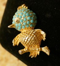 VINTAGE Dainty Gold Tone Bird Turquoise Color GLASS CARBACHO Lapel Pin B... - $19.99
