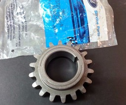 Ford NOS OEM Crankshaft Timing Sprocket Part# D2VY-6306-A - $16.48