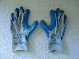 "Pair Of "" NWOT "" NOS "" Atlas Fit Size M Work Gloves "" GREAT PAIR "" - $11.29"
