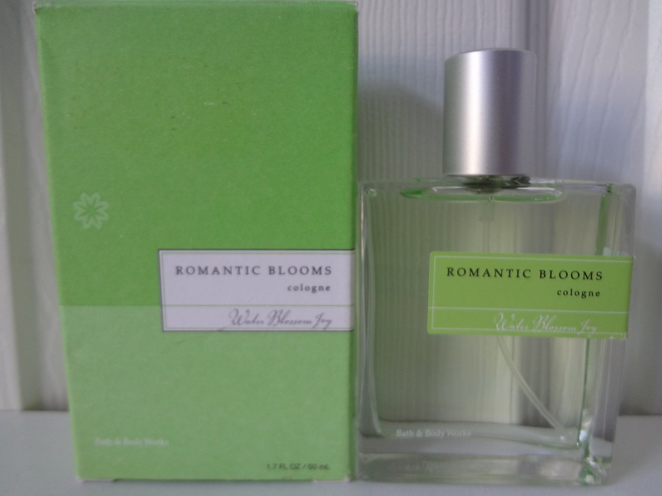 Bath & Body Works Water Blossom Ivy Romantic Blooms Cologne 1.7 oz / 50 ml