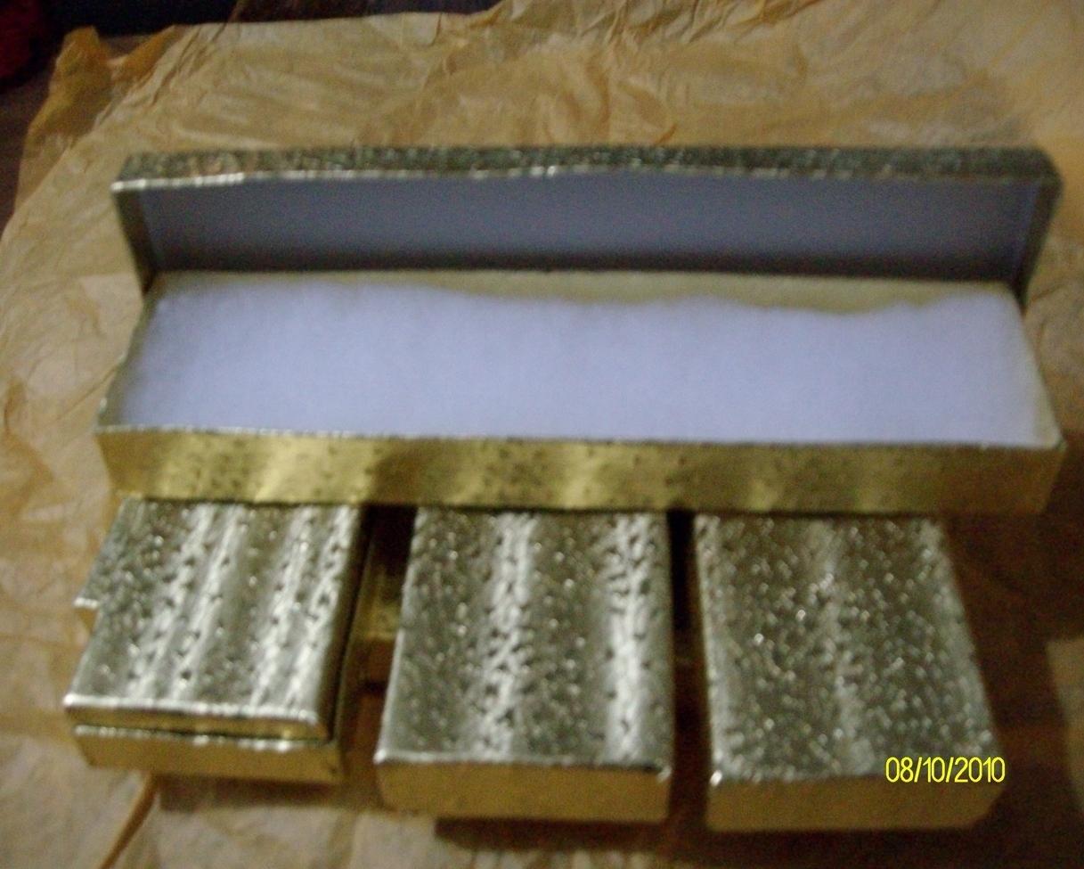 Necklace & Bracelet Boxes  Gold  ( 6 )