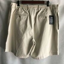 Roundtree & Yorke Easy Care Men's  Shorts Size 40 100% Cotton Ivory Beige - $17.77
