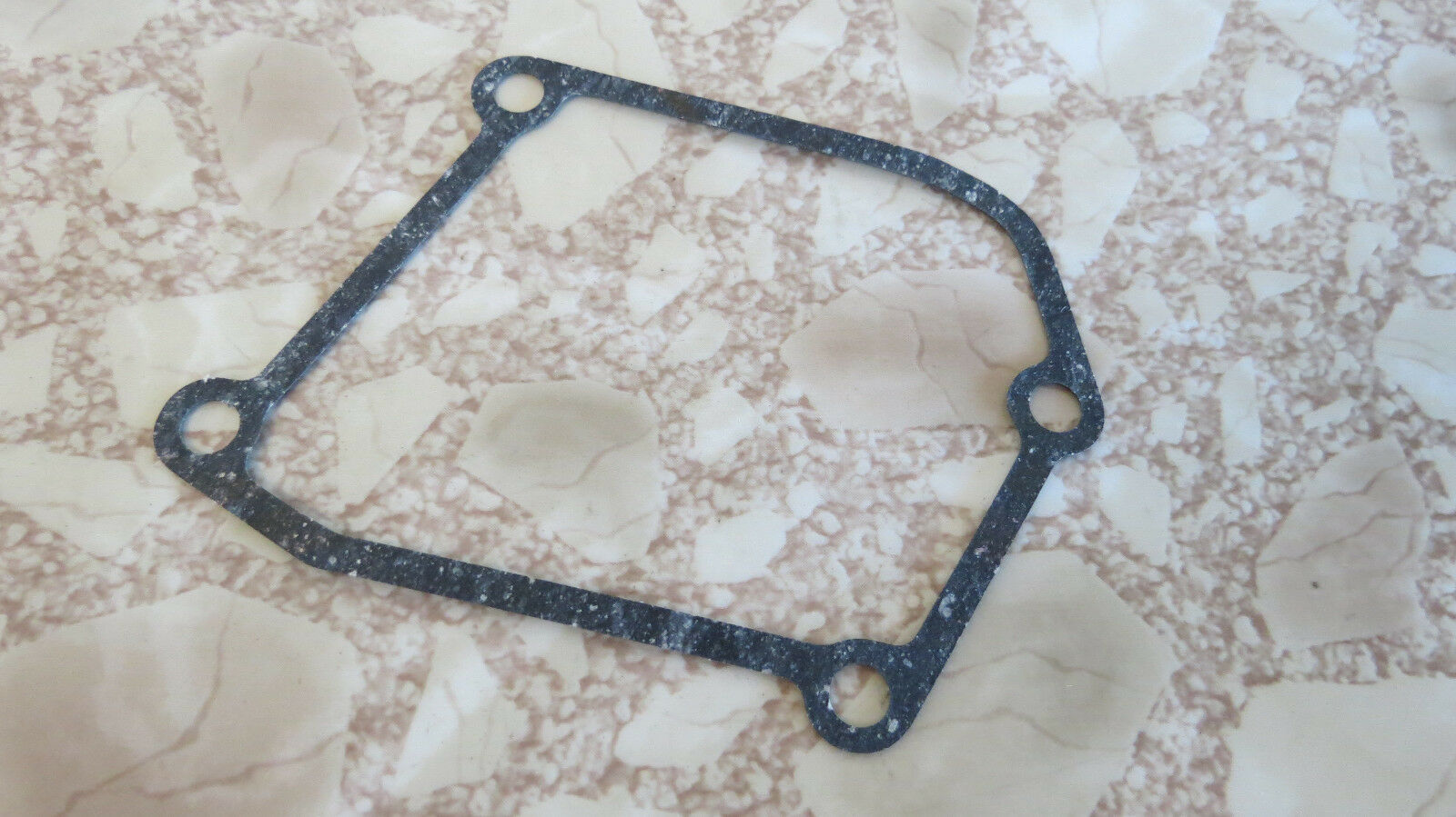 Suzuki Right Crankcase Clutch Cover Gasket GT250 T250 T305 T350 TC305